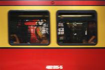S-Bahn fahren von Bastian  Kienitz