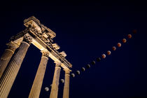 Total Lunar Eclipse over the Apollo Temple in Side by Zoltan Duray