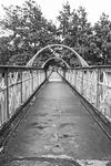 09-07-12-a-oldham-mumps-metrolink-station-old-footbridge