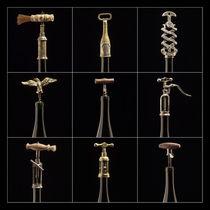 neun Korkenzieher von Edgar Emmels