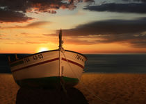 Das Boot im Sonnenuntergang - The boat in the sunset von Monika Juengling