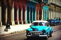Vintage Car on Havana street, Cuba von MARINA MASLIA