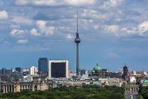 Blauer Himmel über Berlin von Franziska Mohr