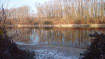 Herbstlandschaft am Fluss by yvi-mueller