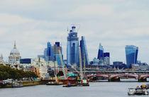 London - Finanzviertel von der Flussseite von Caro Rhombus van Ruit