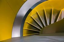 Gelbe Wendeltreppe
