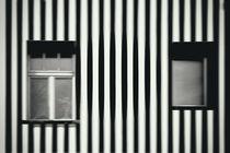 Fenster gestreift  von Bastian  Kienitz