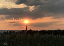 """""""Abendsonne über dem Kirchturm"""" von photopoet-wolfram"""