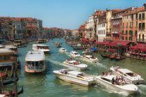 Venetian Canal traffic von Leighton Collins