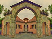 Symmetrical Archway von Carmen Wolters