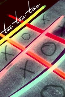 Tic Tac Toe neon von Stefanie Heßling