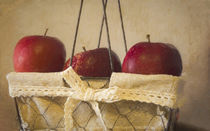 Apples in a Basket by Elisabeth  Lucas