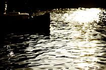 Durch das glitzernde Wasser  von Bastian  Kienitz