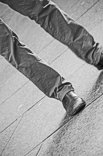 EDINBURGH. The Royal Mile. Feet On The Street. by Lachlan Main