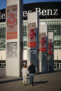 An der Mercedes-Benz-Arena von Bastian  Kienitz