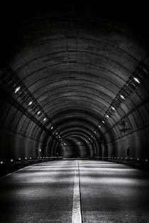 Tunnel Road von tastefuldesigns