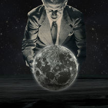 Over the moon  by Sammy Slabbinck