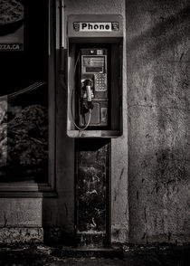 Phone Booth No 9 von Brian Carson