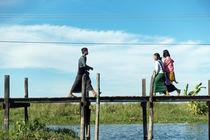 Im See zuhause. Inle-See in Myanmar. by Hartmut Binder