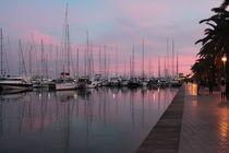 Wunderschöne Hafenstimmung beim Sonnenuntergang am Hafen von Palma by wirmallorca