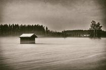 Hütte im Winter - Vintage Look von Peter Bergmann