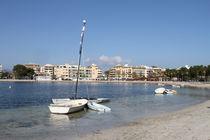 Yachthafen Puerto de Alcudia – mit angrenzendem feinen Sandstrand von wirmallorca