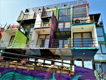 living in the box by k-h.foerster _______                            port fO= lio
