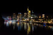 Frankfurter Skyline bei Nacht von Kilian Schloemp