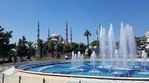 The blue mosque or Sultan Ahmed Mosque  von ambasador