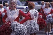 Cheerleaders In Rose Parade von Jim Corwin