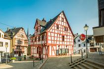 Rhens - Rathaus (5) by Erhard Hess