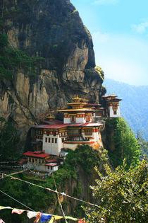 Kloster Tigernest bei Paro in Bhutan, Himalaya von Peter Holle