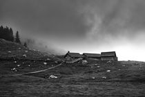 Drei Hütten unterhalb des Säntis in den Alpen by sven-fuchs-fotografie
