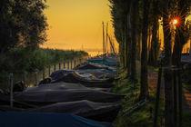 'Jachthafen Moos mit Radolfzeller Münster im Morgenlicht - Halbinsel Höri' von Christine Horn