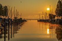 Jachthafen Moos mit Booten im Morgenlicht - Halbinsel Höri by Christine Horn
