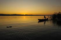 Fischer bei Sonnenaufgang vor der Insel Reichenau - Bodensee by Christine Horn