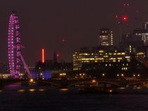 London by night - illuminated London Eye von Caro Rhombus van Ruit