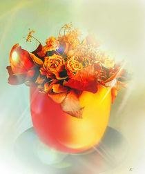Orangener Topf mit Rosen von Kiki de Kock