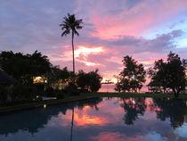 Urlaub in Thailand -  Sonnenuntergang auf der Trauminsel Koh chang von Mellieha Zacharias