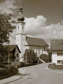 Kirch Niederding im alten Dorf ambiente by Christian Mueller