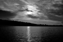 Dramatic sky over a lake - monochrome by Intensivelight Panorama-Edition