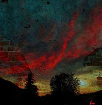 Rote Wolken ziehen auf  von Kiki de Kock