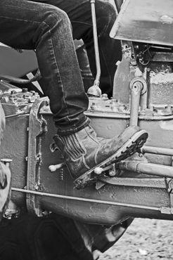 02-06-17-heskin-25th-steam-rally-workboot-close-up-dot