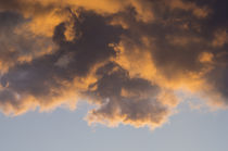 Fiery Clouds in Sunset Sky von Tanya Kurushova
