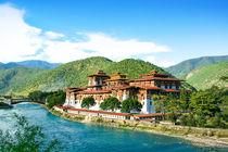 """Buddhistische Klosterfestung """"Punaka Dzong"""" im Königreich Buthan im hohen Himalaya, Asien  by Peter Holle"""