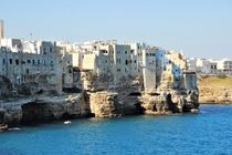 Polignano a Mare in Apulien, Italien by wandernd-photography