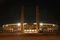 Berliner Olympiastadion bei Nacht von alsterimages