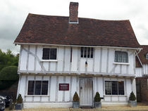 Crooked House Lavenham Suffolk 66 von GEORGE ELLIS