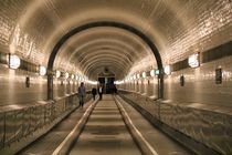 Alter Elbtunnel Hamburg by alsterimages