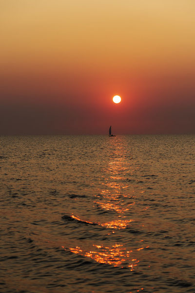 Dsc-8598-dot-sunrise-08-19